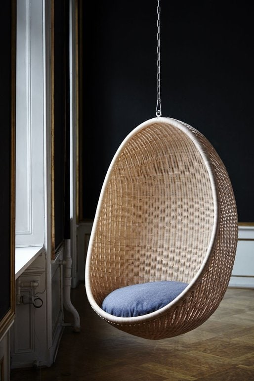egg hanging sika design
